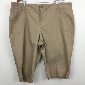 NWT Lane Bryant Capri Pants